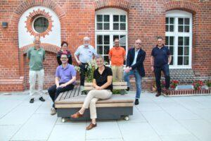 v.l.n.r.: hinten: Martin Wiegandt, Dr. Gabriele Pollert, Dr. Georg Pollert, Daniel Frank, Michael Ermisch, Stephan Bultmann, vorne: Olaf Schüle und Dr. Iris Kraus